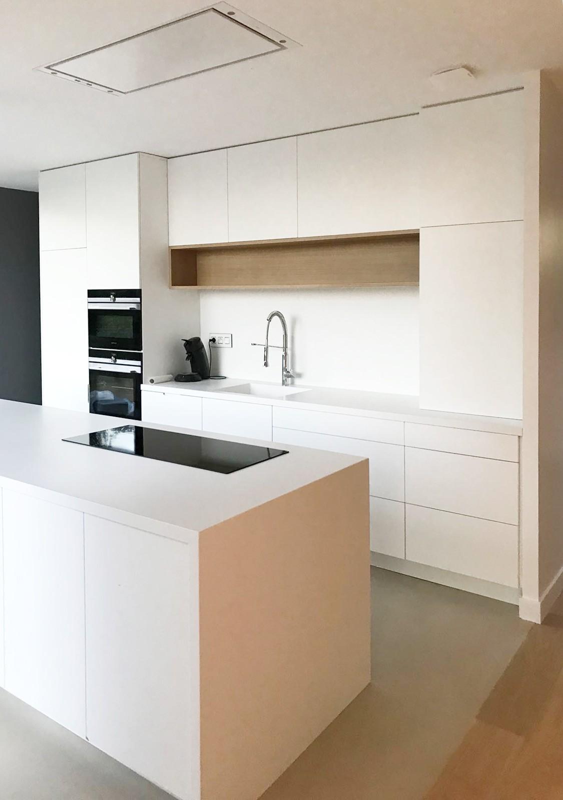 asb-architecture-maison-contemporaine-toiture-terrasse-cuisine minimaliste