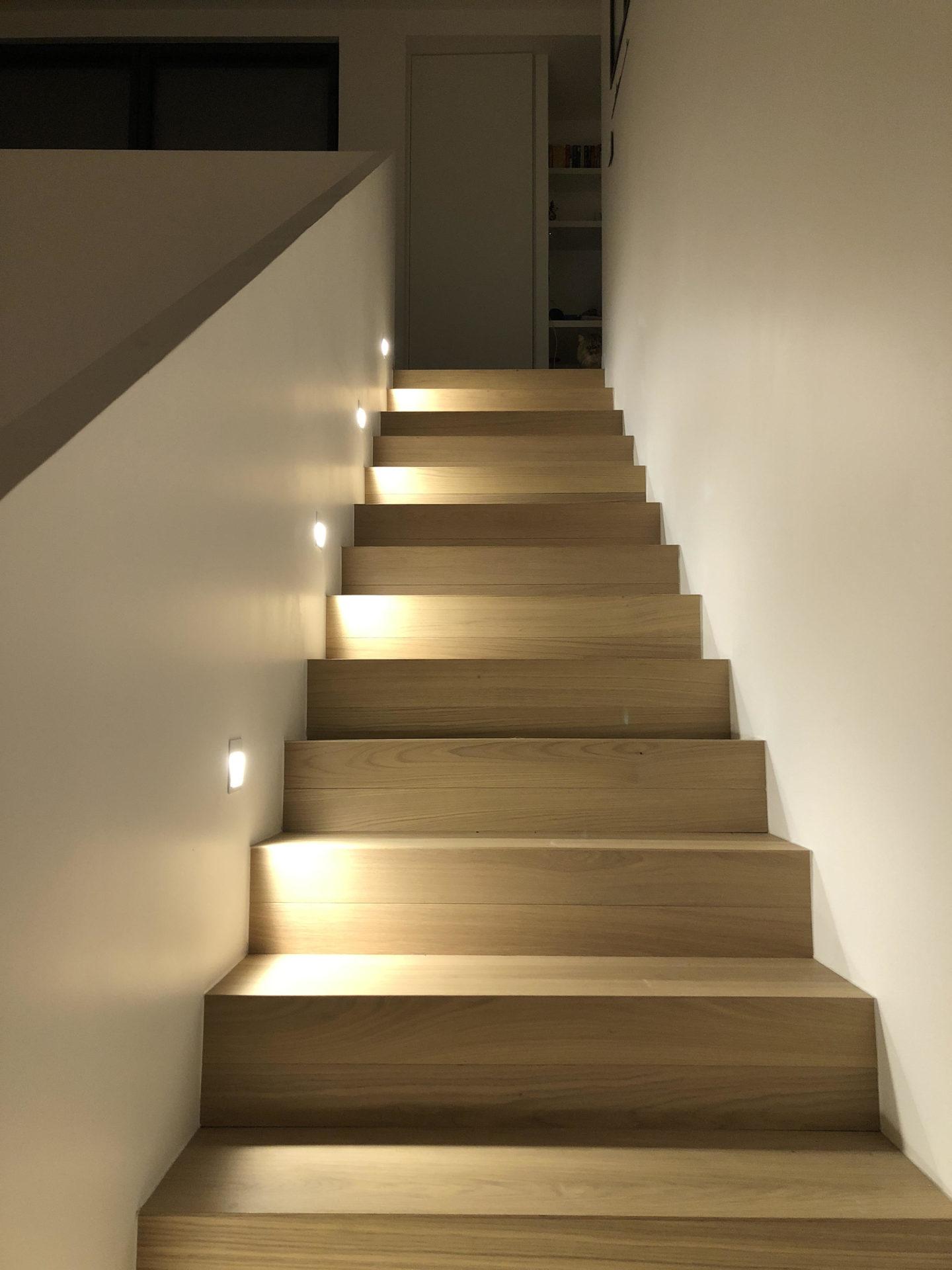 asb-architecture-maison-contemporaine-toiture-terrasse-escalier contemporain
