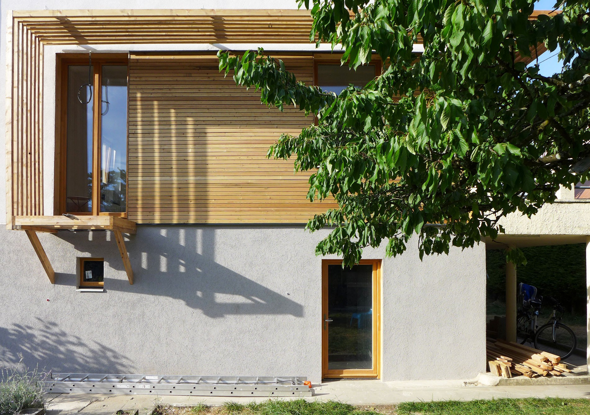 asb-architecture-savoie-chambery-renovation-maison-de-ville-bois-enduit-2